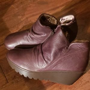 Skechers leather boots
